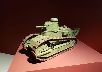 Модель танка Рено FT